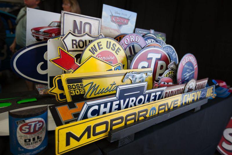 Photo gallery fan info charlotte motor speedway for Charlotte motor speedway museum